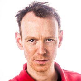 Portretfoto van filmmaker Dorus Oerlemans